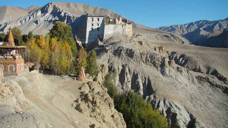 lomanthang and corola boarder trek information